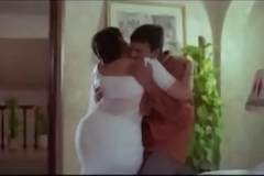 Sexy Aunty  and Servente Romantic Gigs    Tamil hot glamour scene