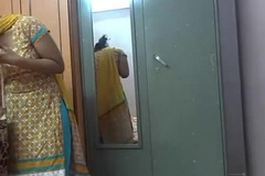 Indian unskilful babes lily sex - xvideos.com