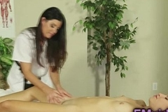 India Summer gives hot massage