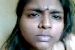 Chubby aunty fingering her pussy on camera and enjoying herself - Watch Indian Porn[via torchbrowser